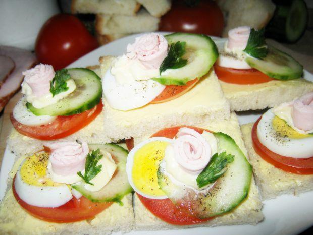 Kolorowe kanapeczki