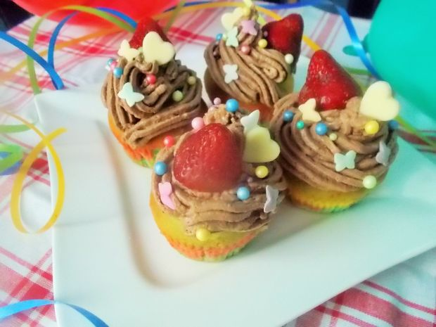 Kolorowe muffinki