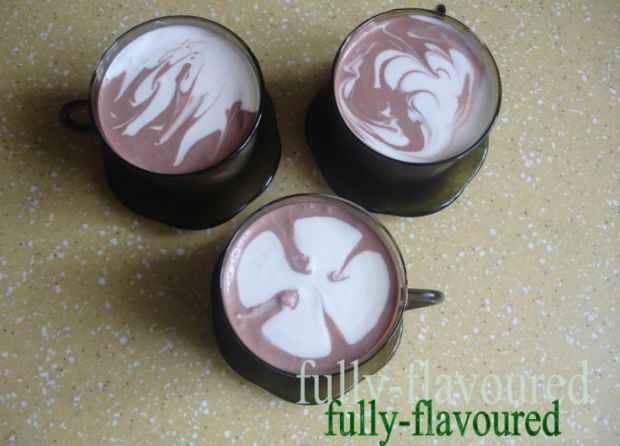 Kontrastowy mus czekoladowy