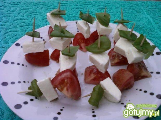 Koreczki w barwach włoskiej flagi:)