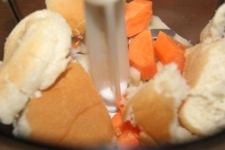 Kotleciki mielone z wołowiny z marchewką