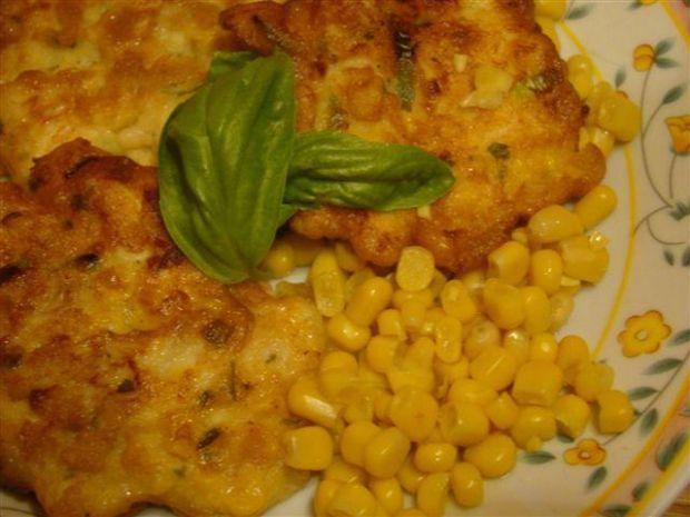 Kotleciki z kurczaka z kukurydzą