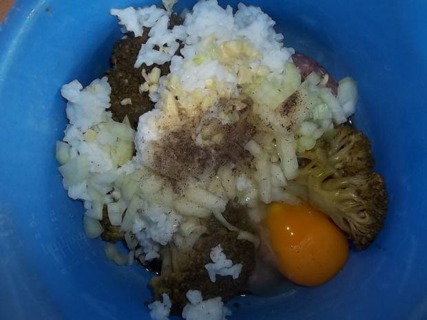 Kotleciki z ryżem i brokułami