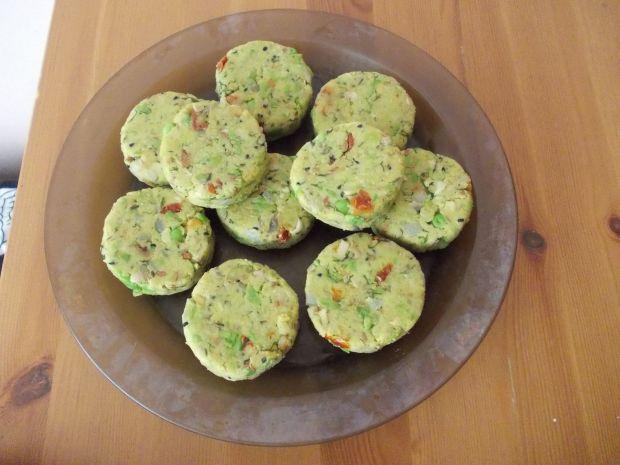 Kotleciki z zielonego groszku z koperkiem