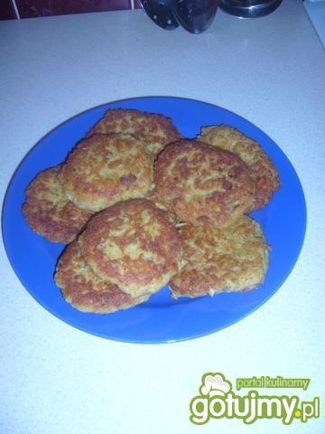 Kotlety makaronowe z kurczakiem.