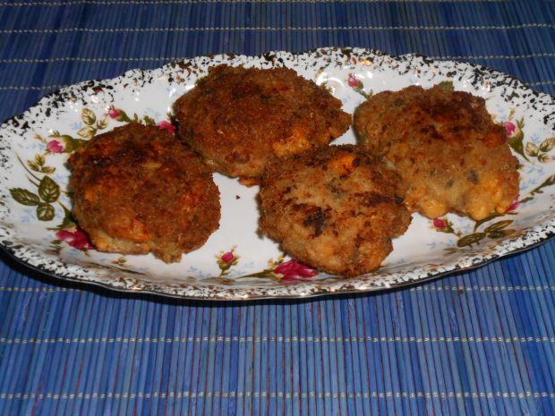 Kotlety mielone z serem i pieczarkami