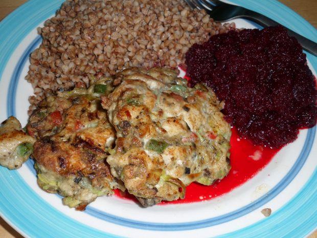Kotlety mięsno - warzywne