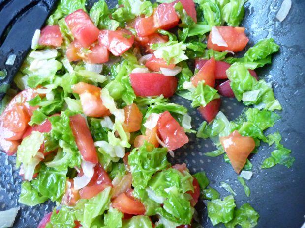 Kotlety schabowe z pomidorami i włoską kapustą