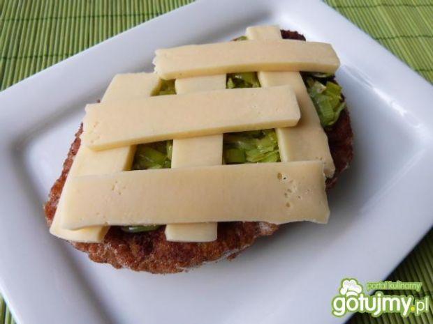 Kotlety schabowe zapiekane z serem