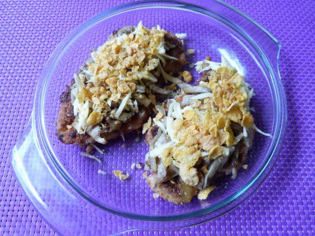 Kotlety z boczniakami i serem