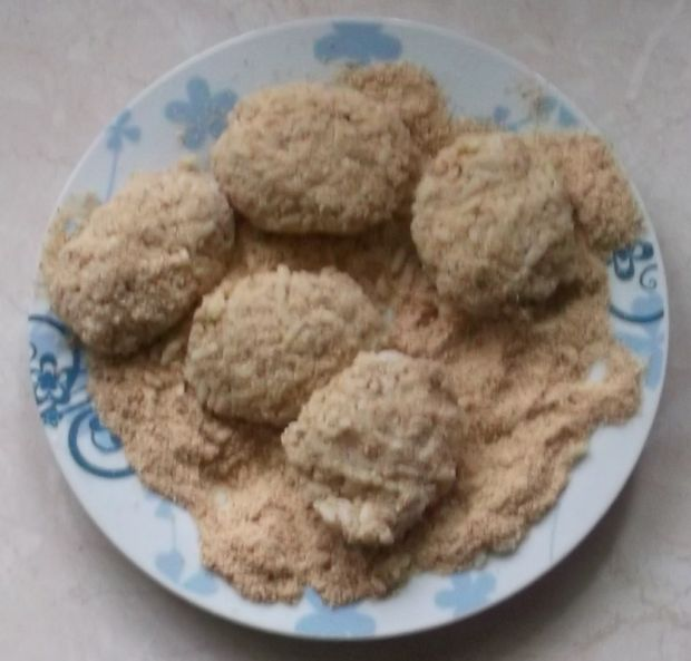 Kotlety z ryżu i mięsa mielonego