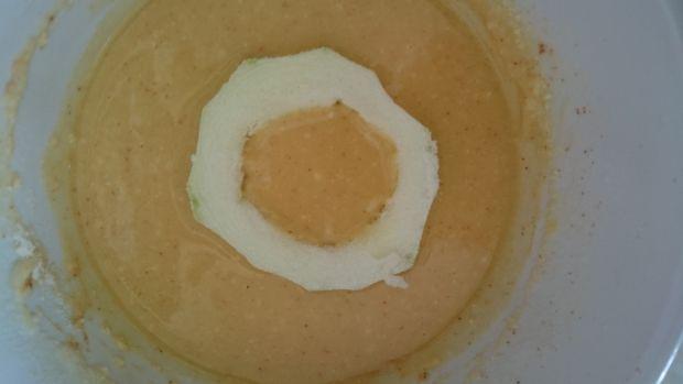 Krążki z kabaczka w cieście paprykowo-serowym