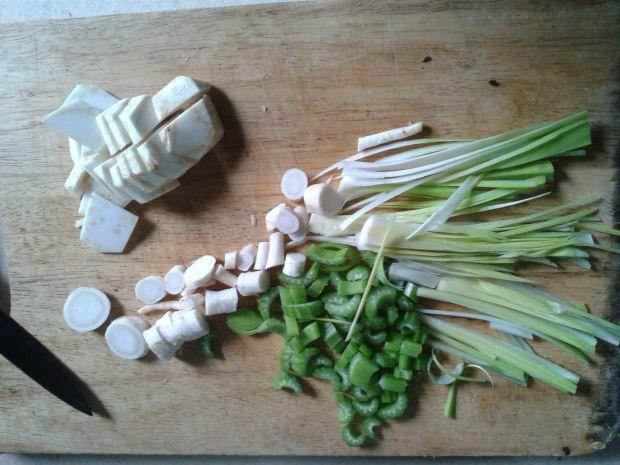 Krem kalafiorowy z mozzarellą