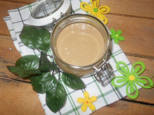 Krem kawowy z mlekiem w proszku