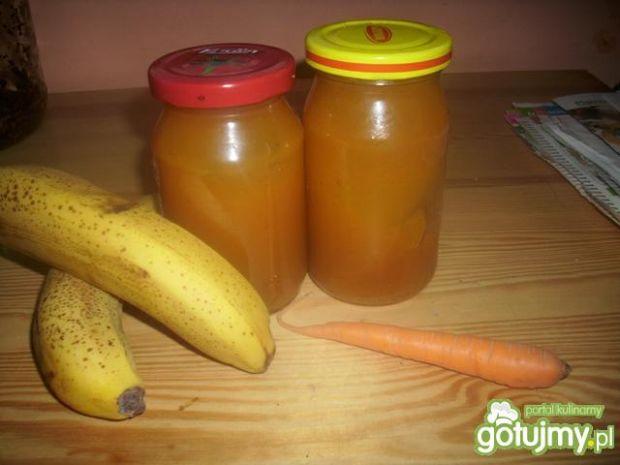 Krem marchewkowo-bananowy