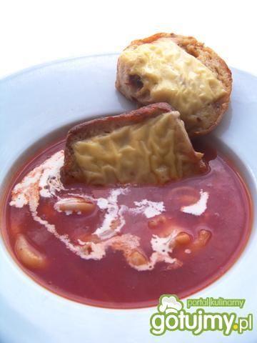 Krem pomidorowo paprykowy z grzankami