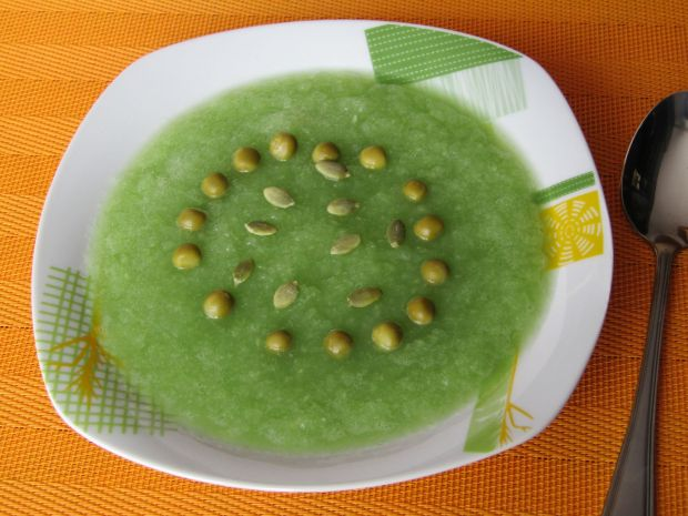 Krem selerowo- groszkowy z pestkami dyni
