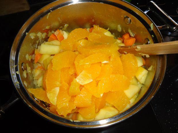 Krem z dyni, pomarańczy i nutą kardamonu