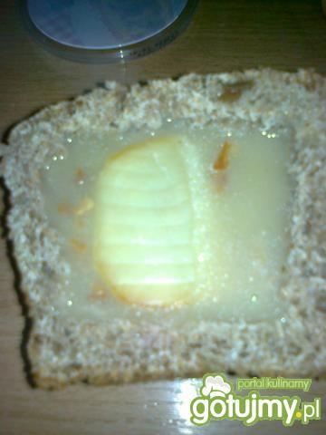 Krem z podgrzybków w chlebku