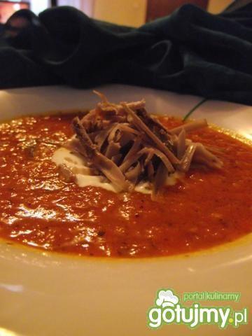 Krem z pomidorów z kozim serem
