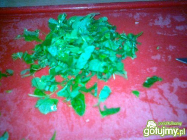 Krem z zielonej cebuli z serem