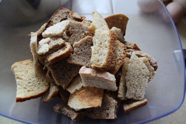 Kremowa zupa chlebowa