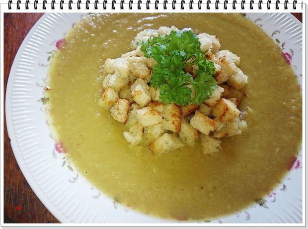 Kremowa zupa Eli z młodej kapusty