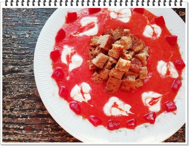 Kremowa zupa Eli z pieczonej papryki