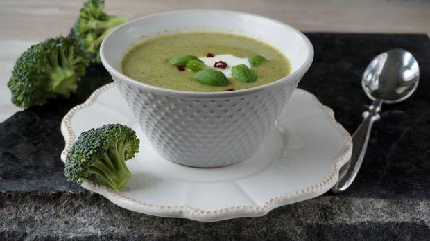 Kremowa zupa z brokułów