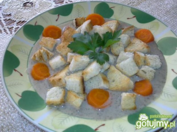 Kremowa zupa z pieczarek