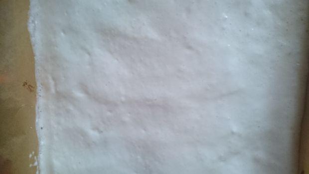 Kremowy sernik waniliowy z kokosową pierzynką