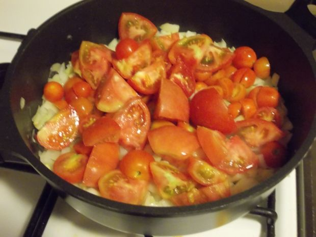 Kremowy sos pomidorowy