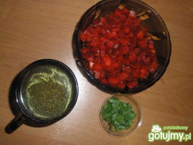 Krewetki w sosie paprykowym