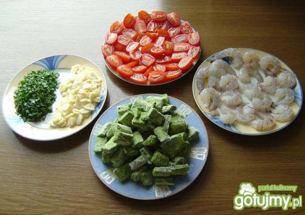 Krewetki  z  Szpinakiem  i  Pomidorkami