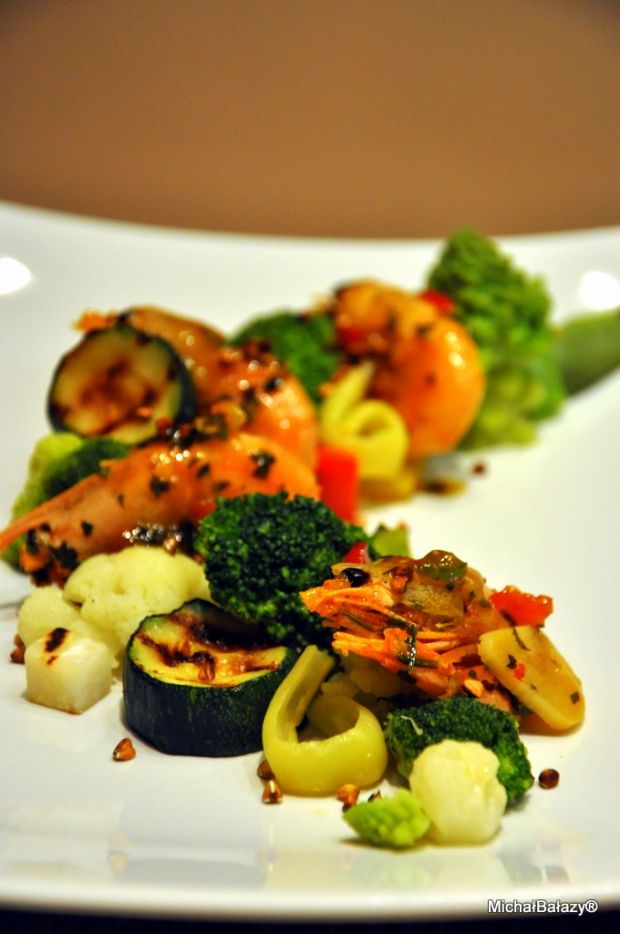 Krewetki z warzywami z Santorini
