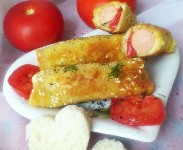 Krokiety z chleba tostowego z parówkami i sezamem