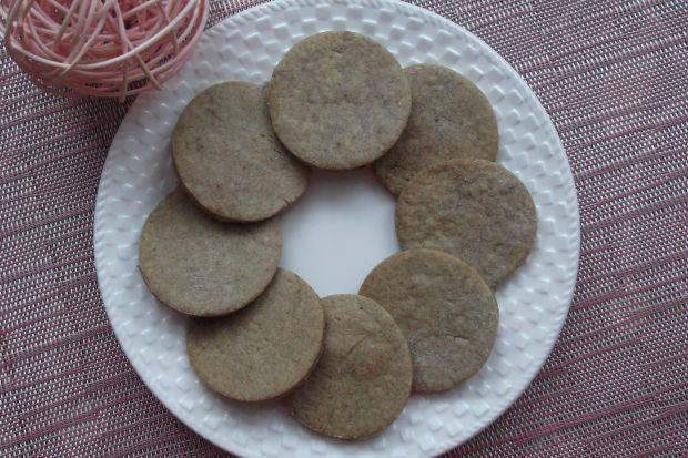 Kruche ciasteczka daktylowe