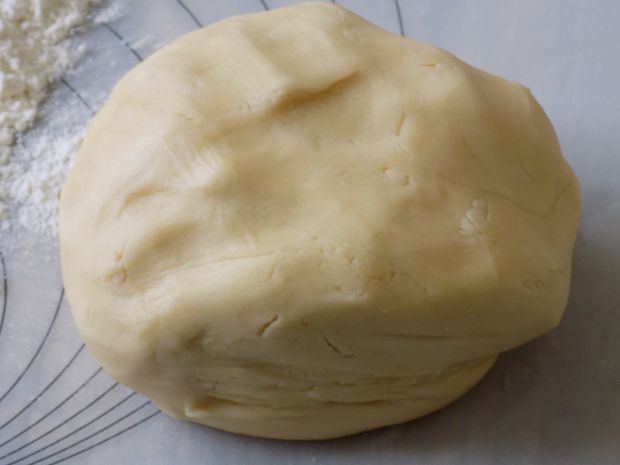 Kruche ciasteczka ,,orzeszki''