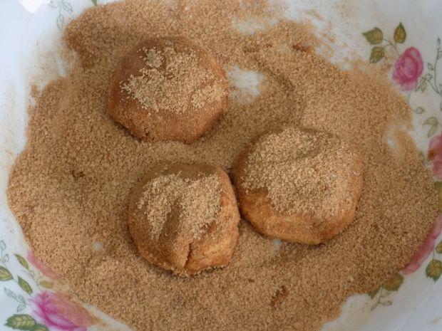 Kruche ciasteczka w cynamonie