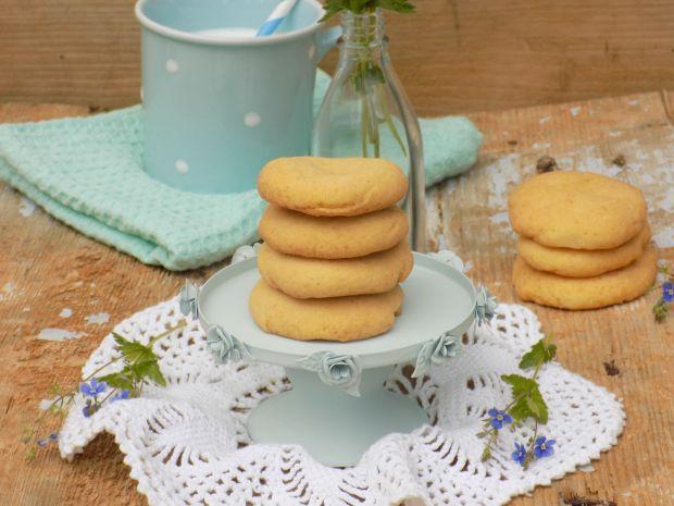Kruche ciasteczka z mąką krupczatką