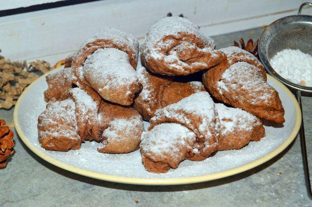 Krucho-drożdżowe kakaowe rogaliki z czekoladą