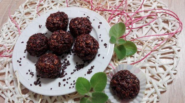 Kule czekoladowe z płatkami owsianymi