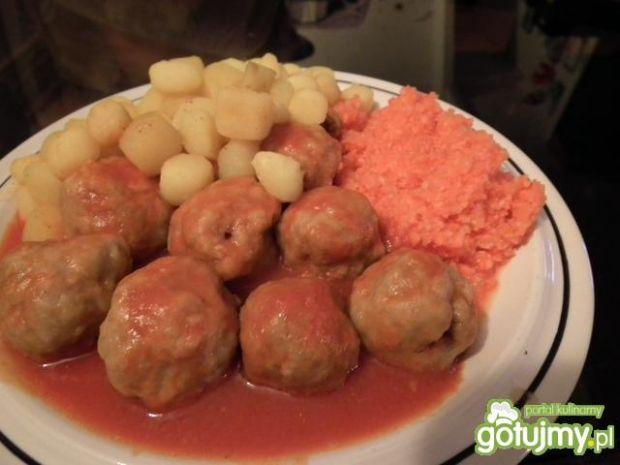 Kuleczki mielone w sosie pomidorowym