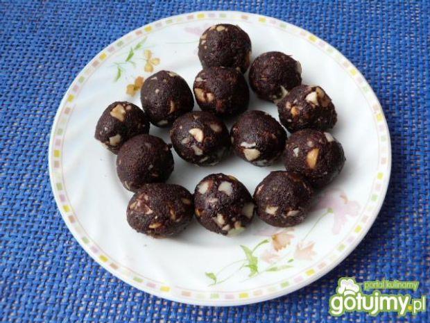 Kuleczki orzechowe w czekoladzie