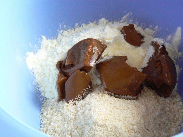 Kuleczki orzechowe z mlekiem w proszku