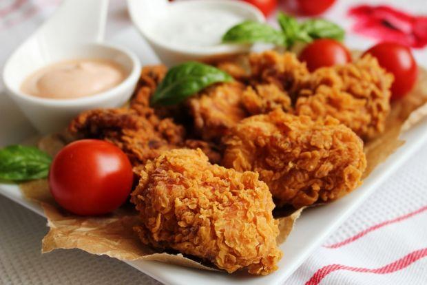 Kurczak ala KFC z sosami