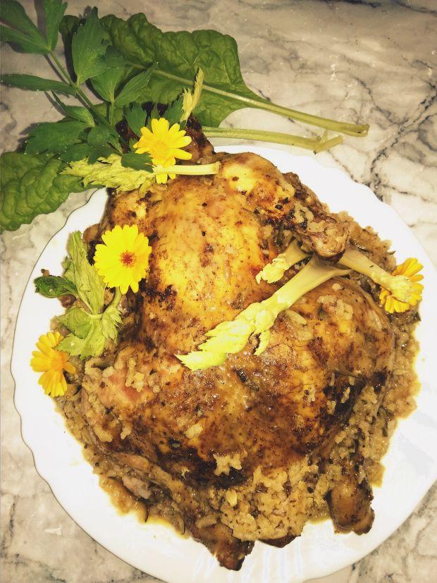 Kurczak nadziewany tartą cukinią, ryżem z prodiża.