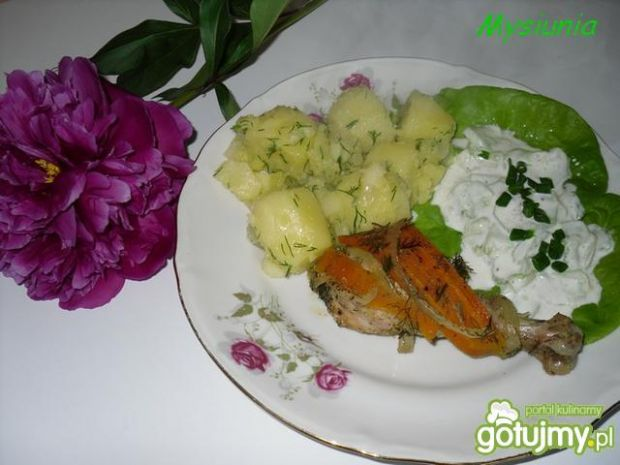 Kurczak pieczony w warzywach