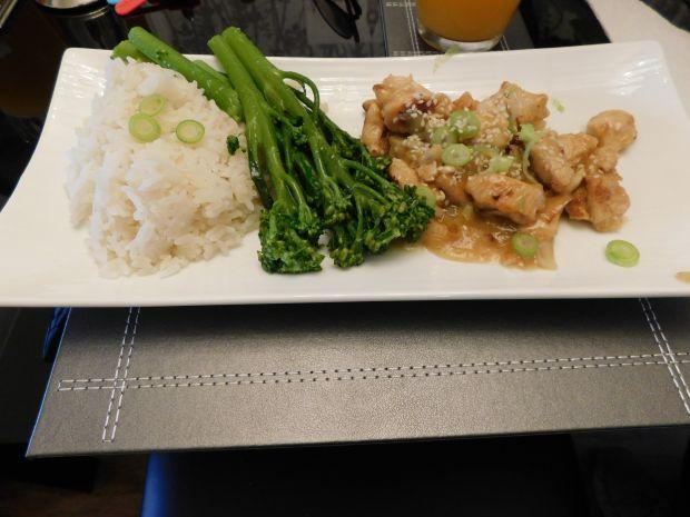 Kurczak po chińsku w cytrynowej otoczce z sezamem