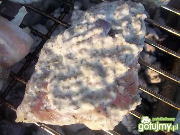 Kurczak w jogurtowej marynacie z grilla
